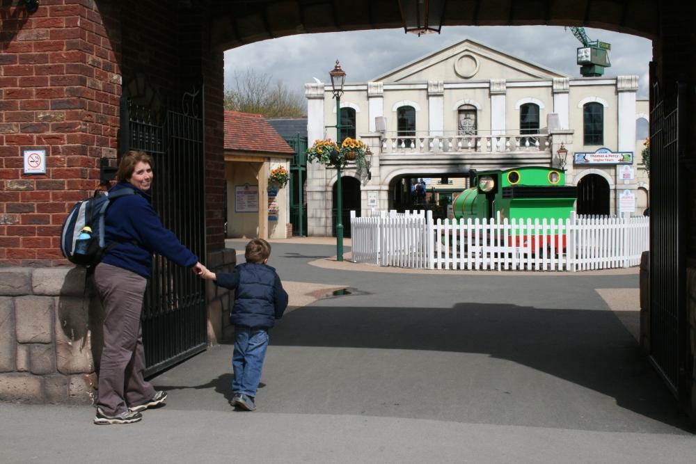 We love Drayton Manor and Thomas Land (1/3)