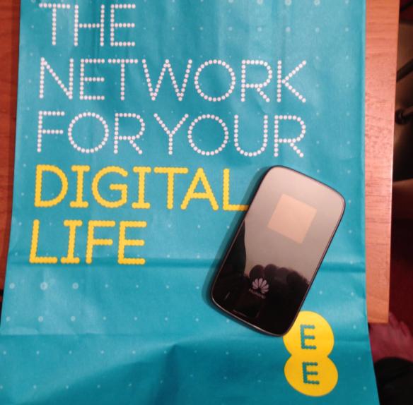 EE Huawei 4G mifi