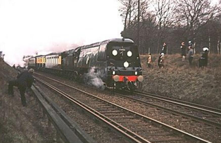 screen shot 2015 01 18 at 21 57 32 - Rail trespassers of 1965